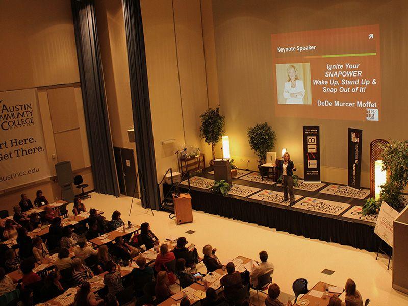 DeDe Murcer Moffett SNAP keynote leadership speaker at the TWIB conference
